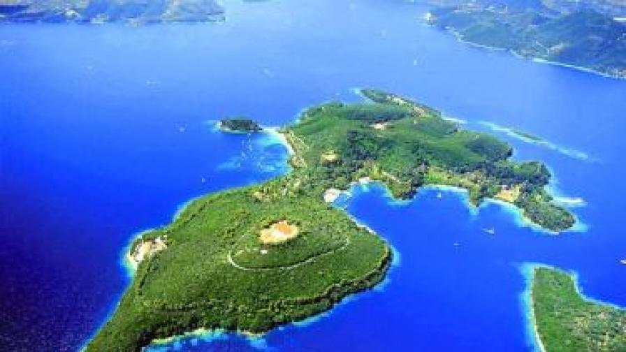 Руски милиардер купи острови на Онасис