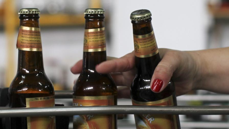Румъния срещу Германия: Колко минути се работи за една бира?