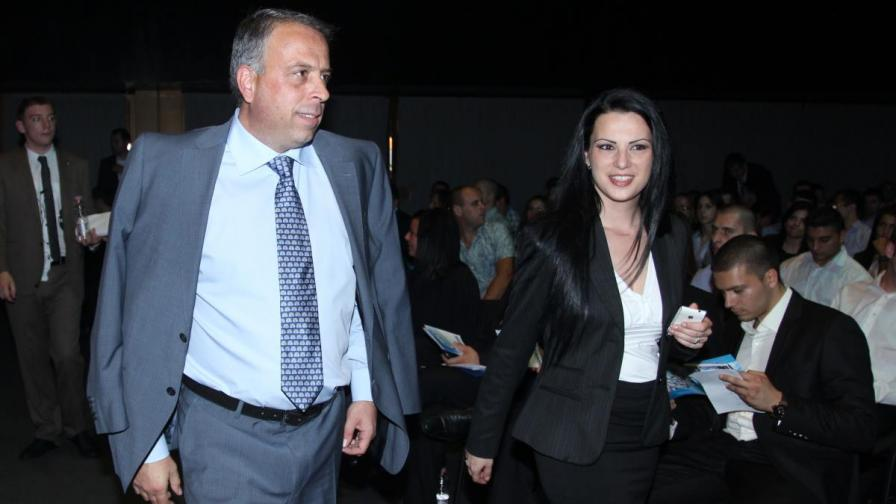 Емил Димитров извикан в прокуратурата за обяснения