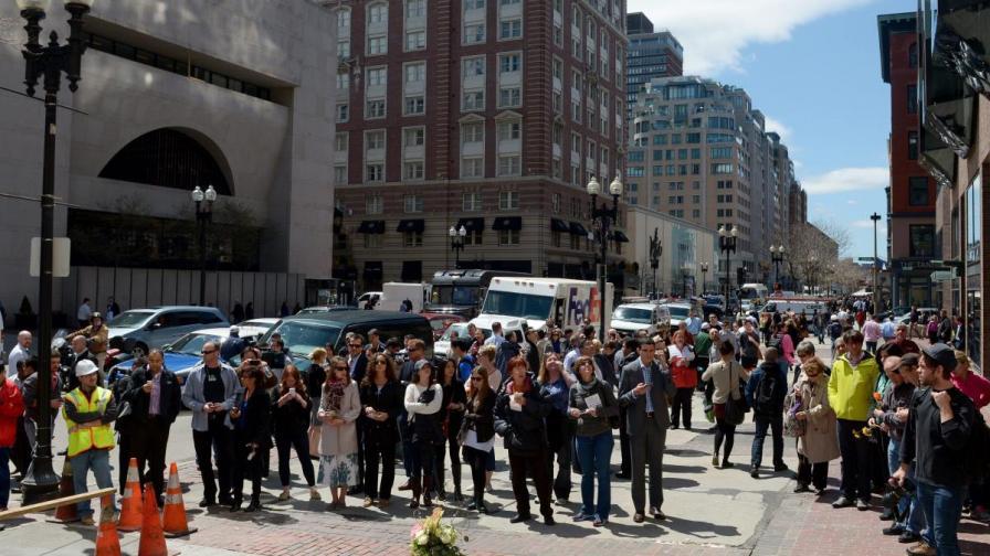 Още трима задържани за атентата в Бостън