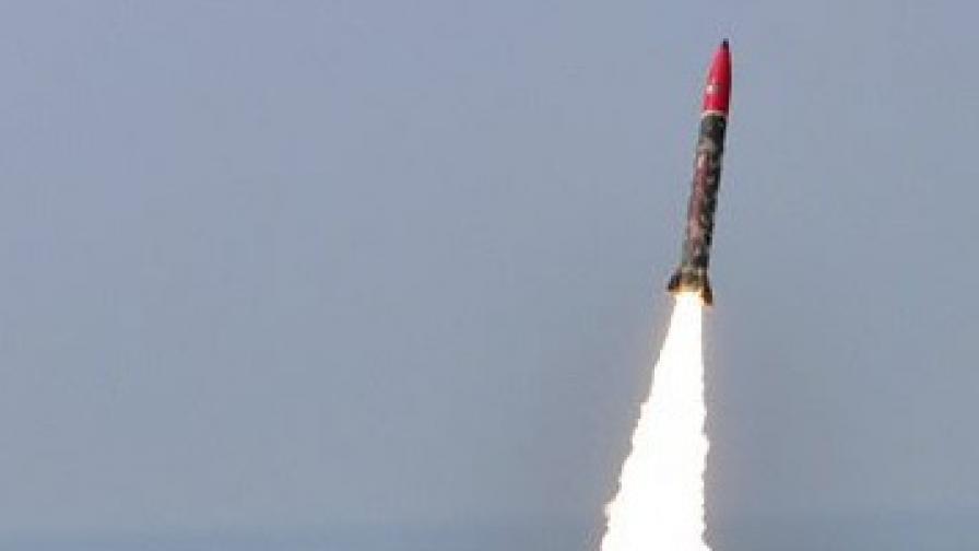 Тест на френска балистична ракета завърши неуспешно