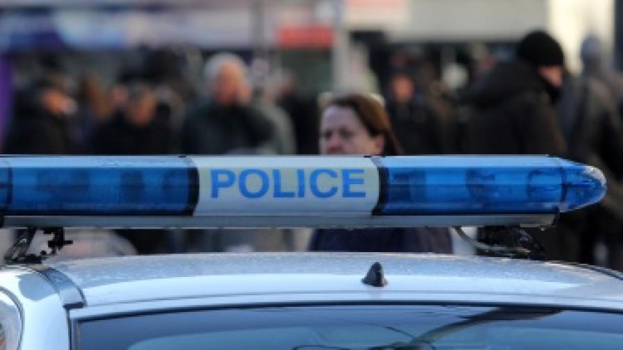 Мъж заплаши служители на кредитен център с газов пистолет