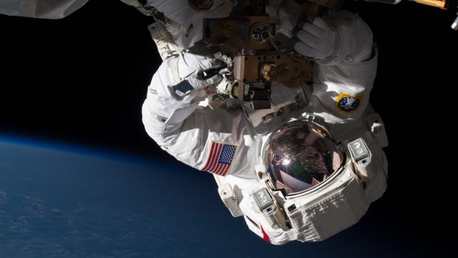 Отстраниха напълно теча на амоняк от МКС