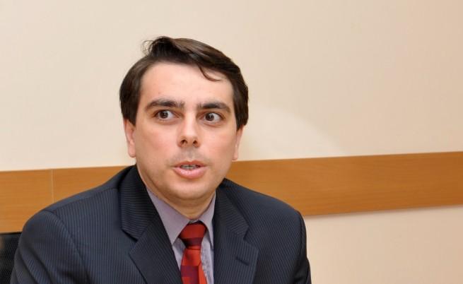 Василев: Не може обществените поръчки да движат икономиката