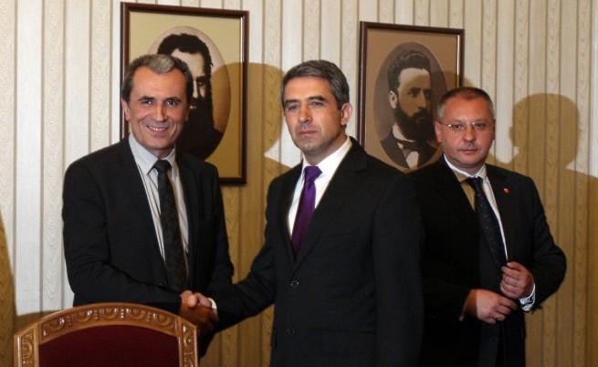 Орешарски получи мандат за съставяне на правителство
