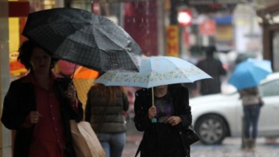 Жълт код за силен вятър в Кърджали и Хасково