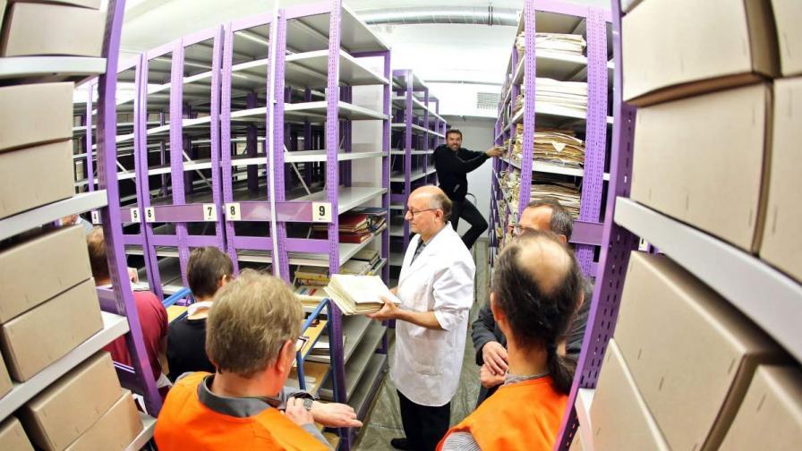 Европейски проект съветва как да се справим с купищата документи