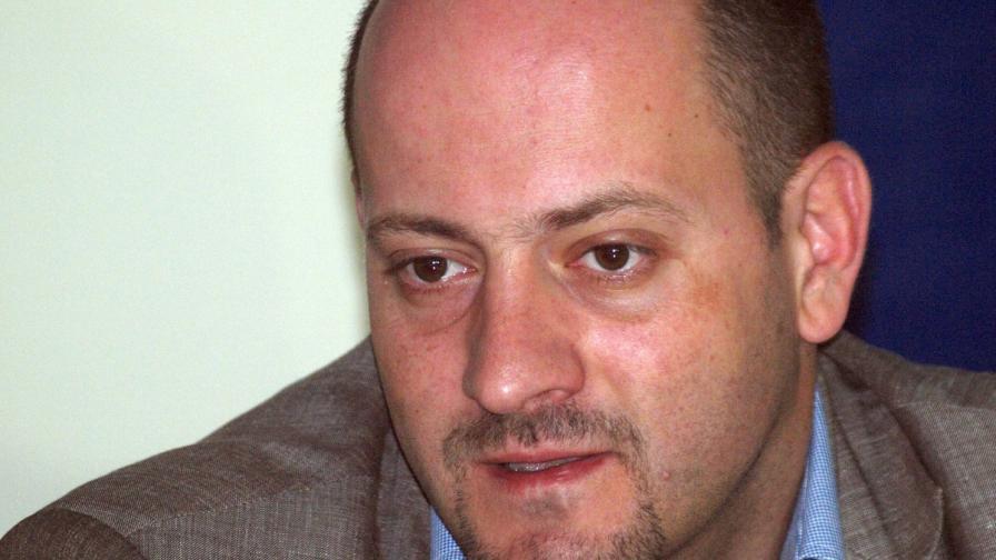 ДСБ: Правителството представя олигарси, не гражданите