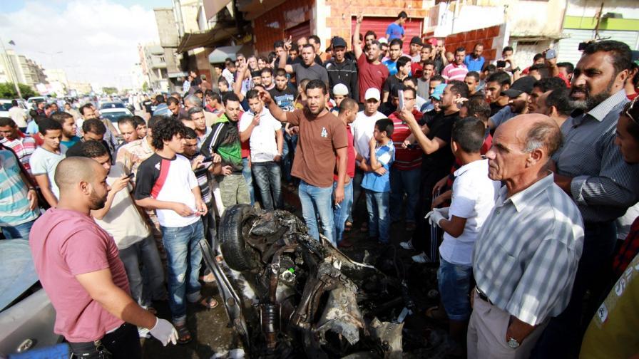 Десетки загинали при сблъсъци в Бенгази