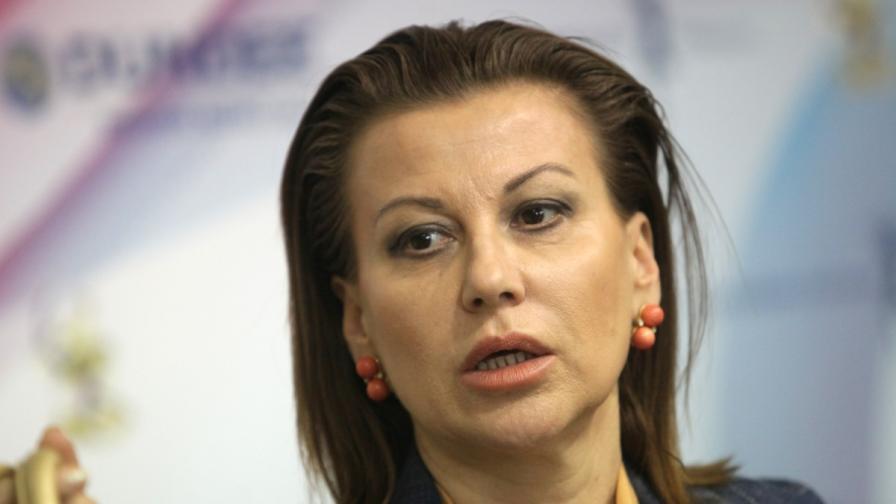 Илиана Раева си направи партия