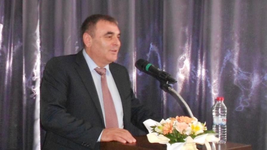 Транспортният министър се извини на еврокомисаря Хаан