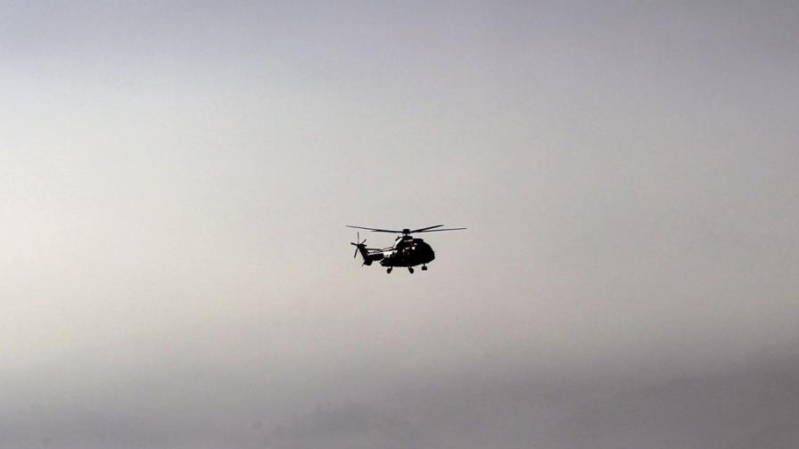 Военен вертолет се включи в издирването на младежите в Стара планина