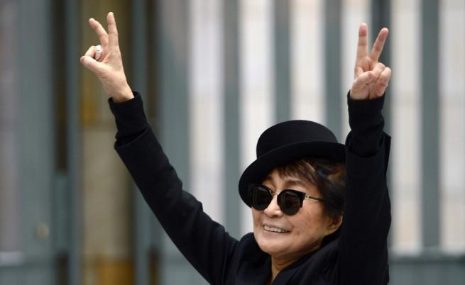 Йоко Оно издава нова книга
