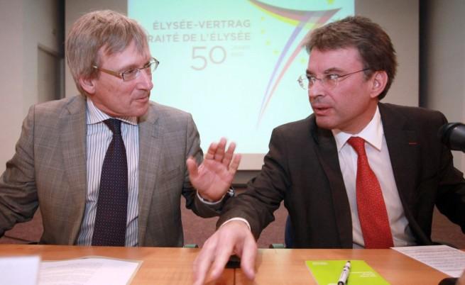 Посланиците на Франция и Германия: Чуйте гражданското общество