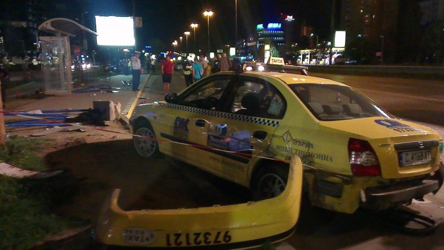 Прокуратурата възложи проверки на такситата