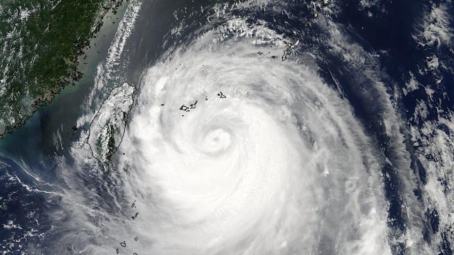 "Тайфунът ""Соулик"" преминава през Китай"