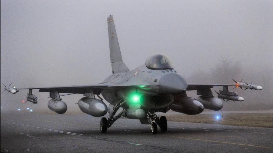 <p>Цената и ще има ли сделка на България със САЩ за Ф-16</p>