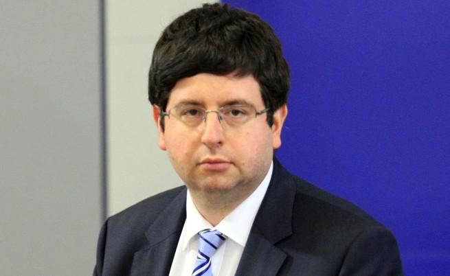 Чобанов: Какво общо има правителството?