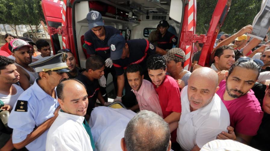 Опозиционен лидер бе убит в Тунис