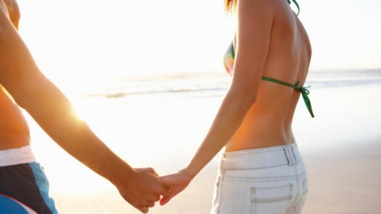 зодии флирт море почивка емоция плаж подход връзка двойка романтика