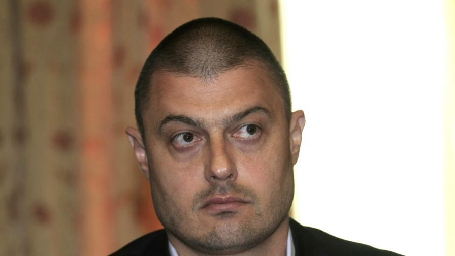 Бареков: Аз съм на първа линия и ме стреляте всички
