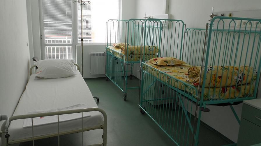 Децата от лагера в Приморско може да са заразени от служителка в ресторанта