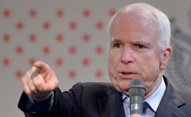Маккейн критикува планираните от Обама