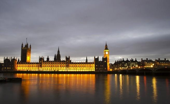 Скандал в Лондон с лицензи за износ на химикали за Сирия