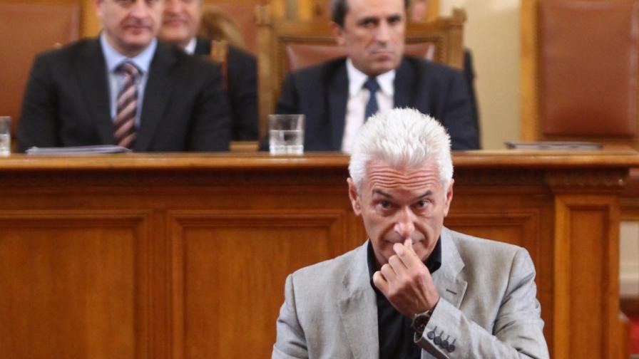 Сидеров поиска нулев бюджет за БНТ и БНР