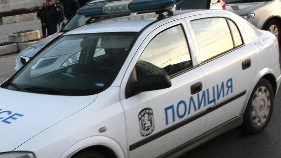 Цистерна и автомобил катастрофираха край Дупница