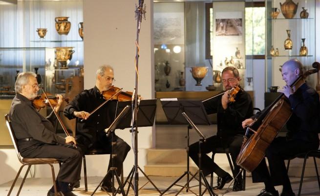 Претъпкана беше и камерната зала в Археологическия музей за концерта на Квартет Димов
