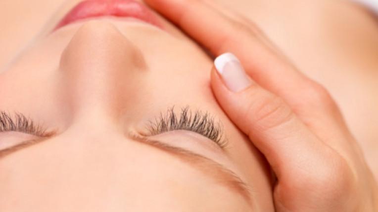 младост бръчки жертване социални мрежи красота кожа козметика