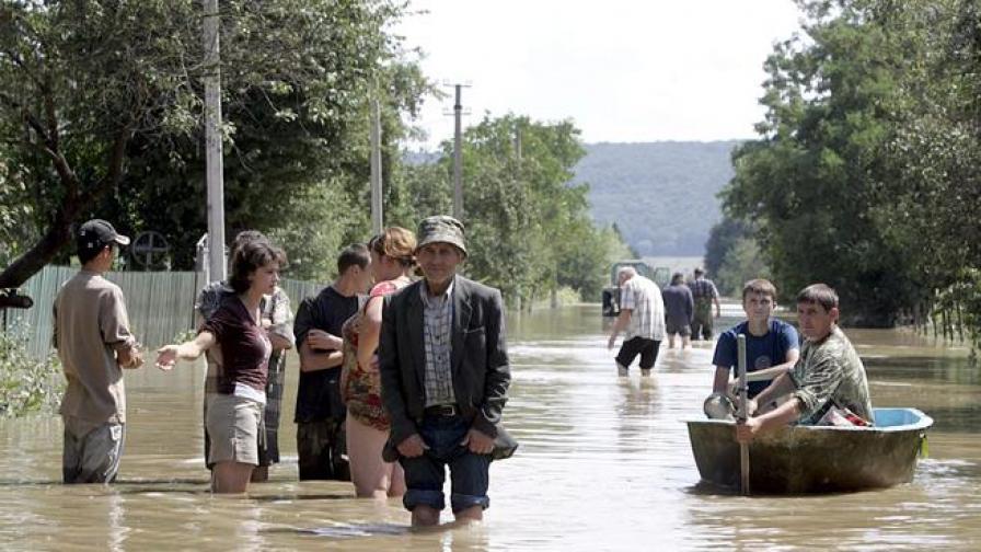 7 загинали при наводненията в Румъния