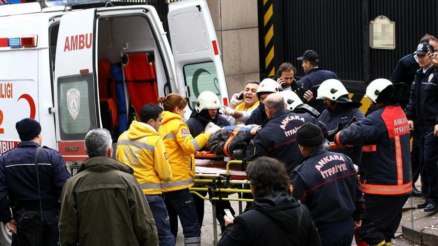 Тежка автобусна катастрофа взе над 20 жертви в Турция