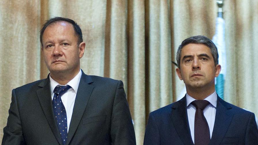 Миков: Президентът атакува парламента