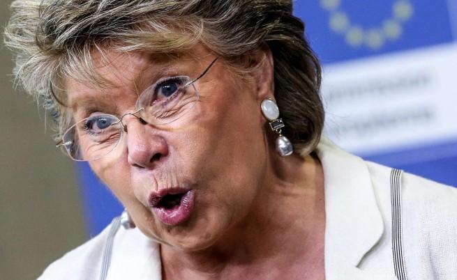 Вивиан Рединг разкритикува френския външен министър заради българските роми