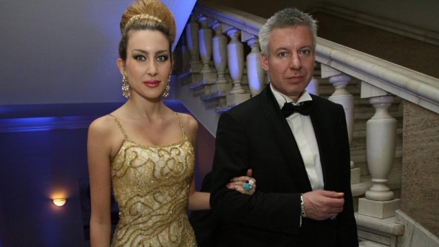 Антония Петрова и Бередин се венчаха отново, този път в Лас Вегас