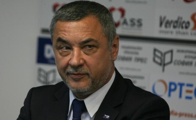 Българските политици в страх от положението в Турция