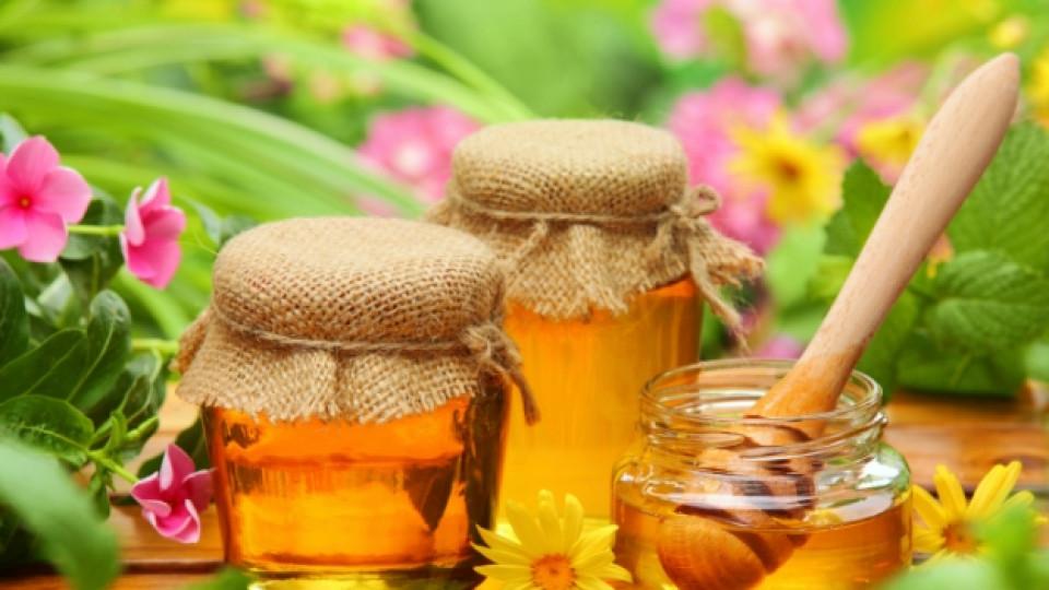 Едни от най-ефикасните и лесни рецепти с мед