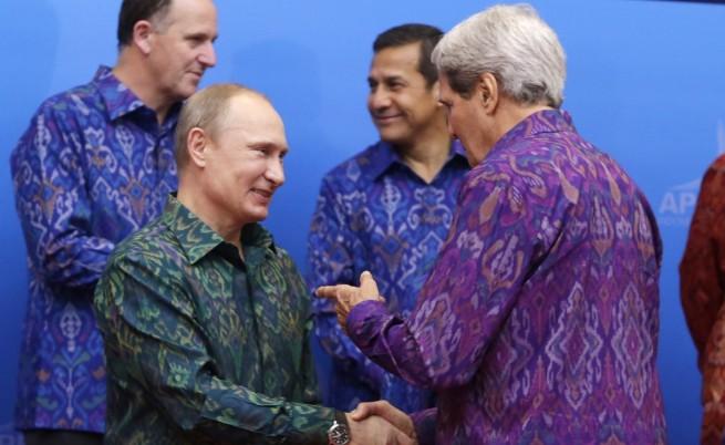 Русия и САЩ: Знаем какво да правим с химическите оръжия на Сирия