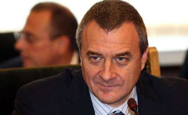 Йовчев: Има риск от хуманитарна криза с бежанците