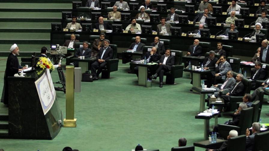 Иран: Политическия център - извън Техеран?