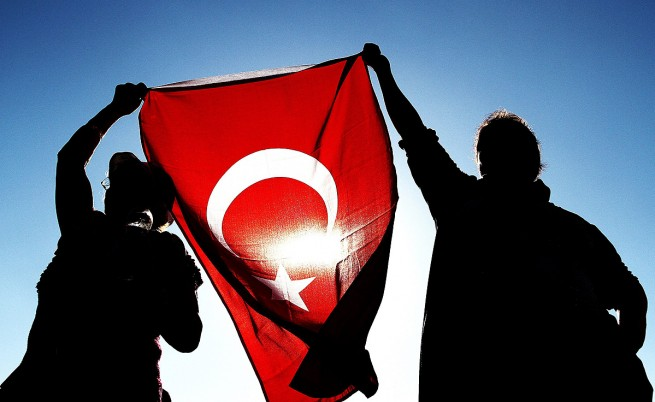 В Турция: Трима депутати от ПСР напуснаха заради корупционния скандал