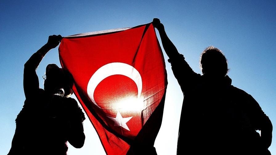 Челик: Да направим турския официален в България