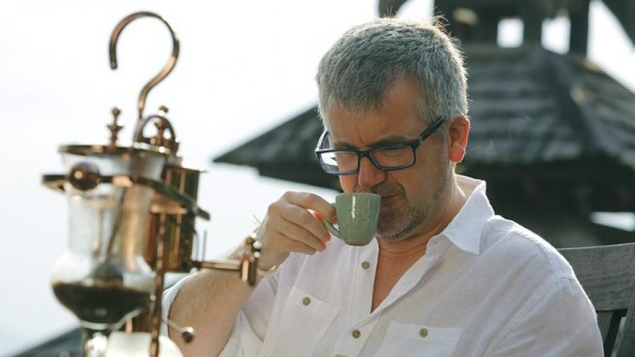 3 чаши кафе намаляват риска от рак на черния дроб