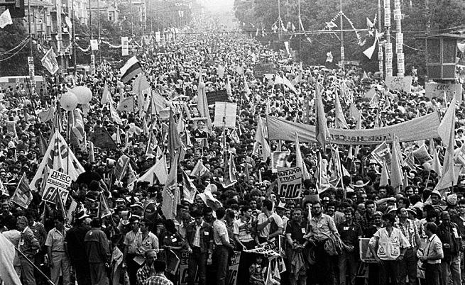Милионният предизборен митинг на СДС в София, 1990 г.