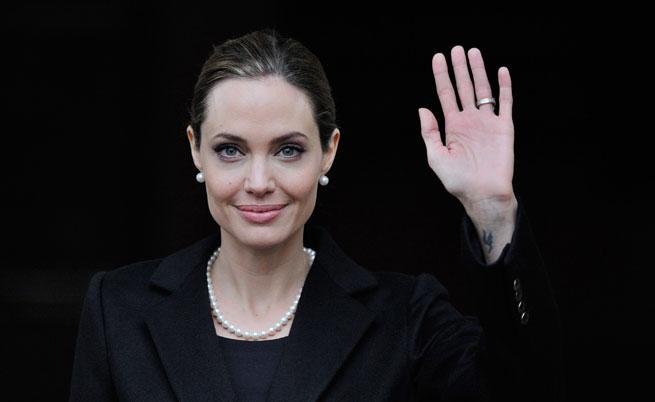 Джоли получи почетен