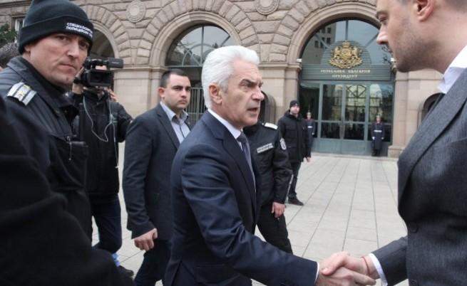 Сидеров внесе исканията на Бареков на КСНС