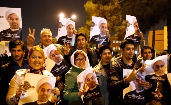 В Иран посрещнаха преговарящите по ядрения въпрос като победители