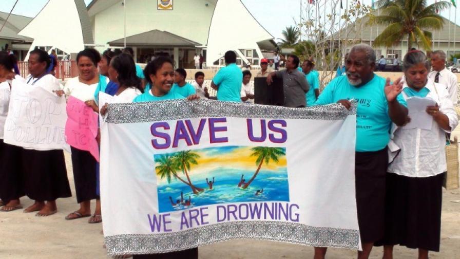 Жители на Кирибати призовават за глобални мерки срещу климатичните промени